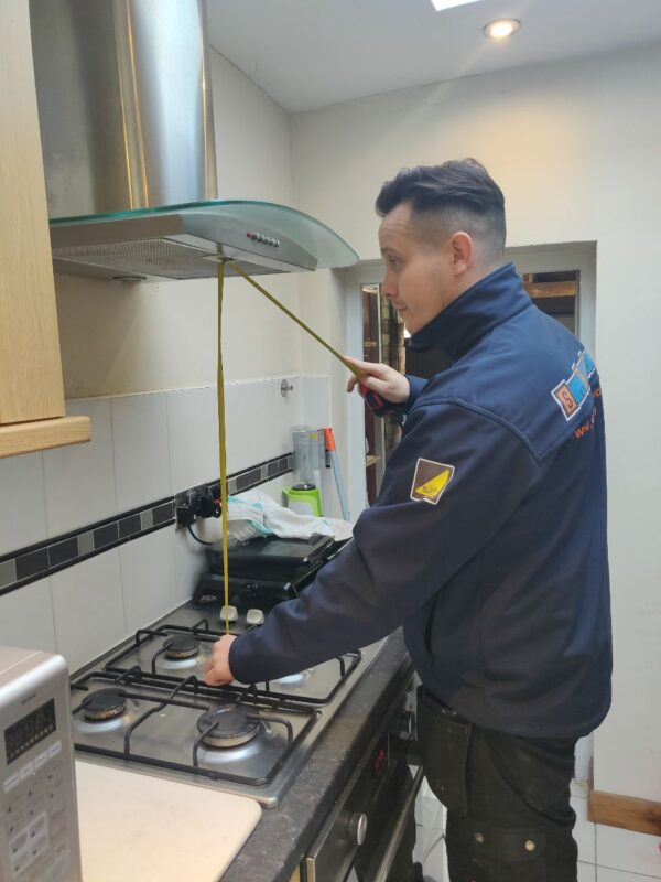 gas safe engineer cooker installation